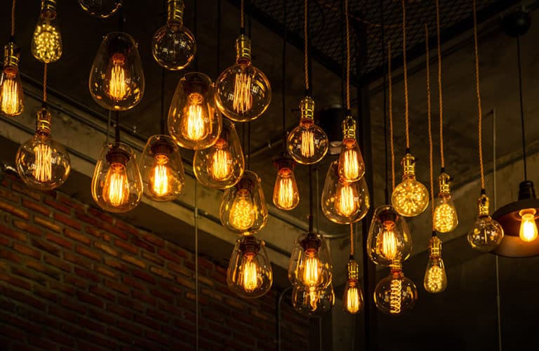 Scaling your CEO by using a dimmer-switch approach